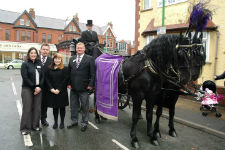 Looking- For A -Lady -Funeral- Directors- In -Liverpool